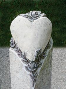 straehle-natursteine-produkte-grabstein-herz
